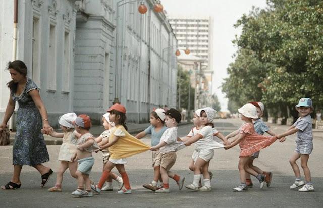 дети в панамках