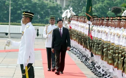 PM Laos Diberi Sambutan Rasmi Di Perdana Putra