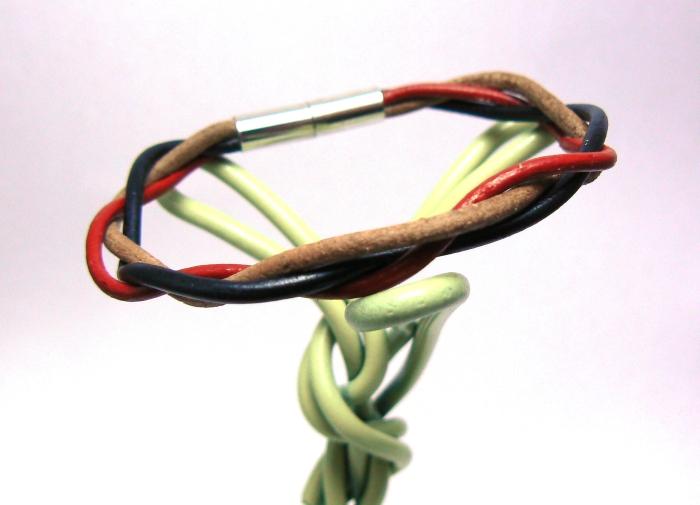 Bracelet tressé 3 lacets rond en cuir