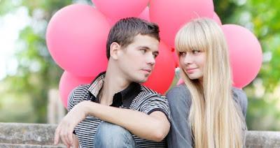 """5 Hal yang Harus Anda Pikirkan Sebelum Mengatakan """"Aku Cinta Kamu"""""""