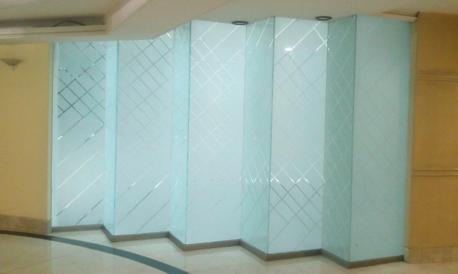 Vidrier a palo solo canceles para ba o cristal templado - Puertas de piso a techo ...