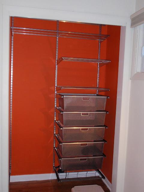 diy by design mia 39 s closet. Black Bedroom Furniture Sets. Home Design Ideas