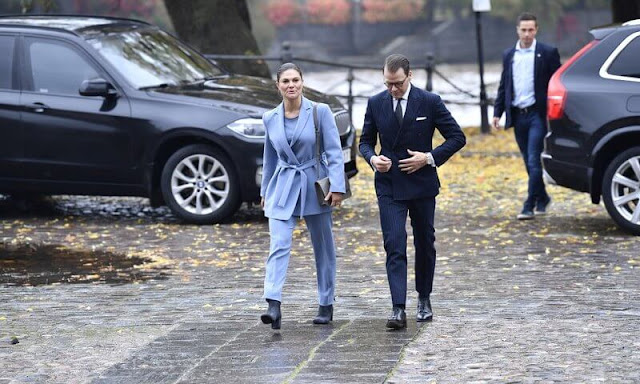 Andiata ayden blazer and area trousers. Crown Princess Victoria wore a new light blue suit from Andiata