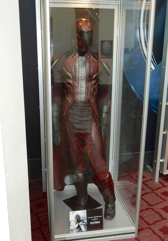 X-Men Apocalypse Magneto movie costume