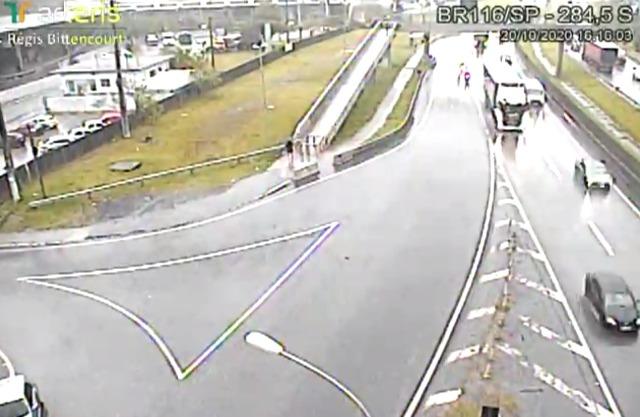 Arteris Régis Bittencourt alerta para a movimentação de máquinas entre os dias 20 e 23/10, próximo ao km 284,5