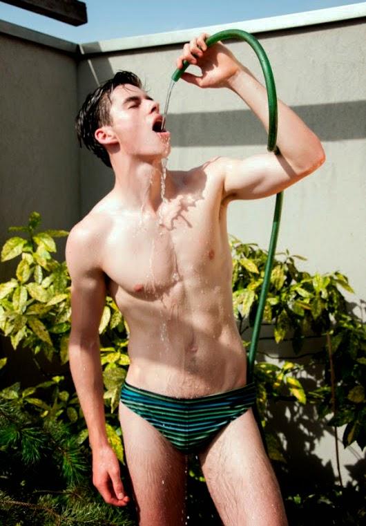 Celeb Devon Werheiser Naked Pic