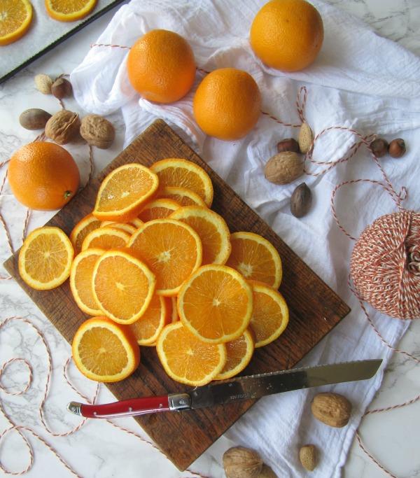 Oranges-sliced