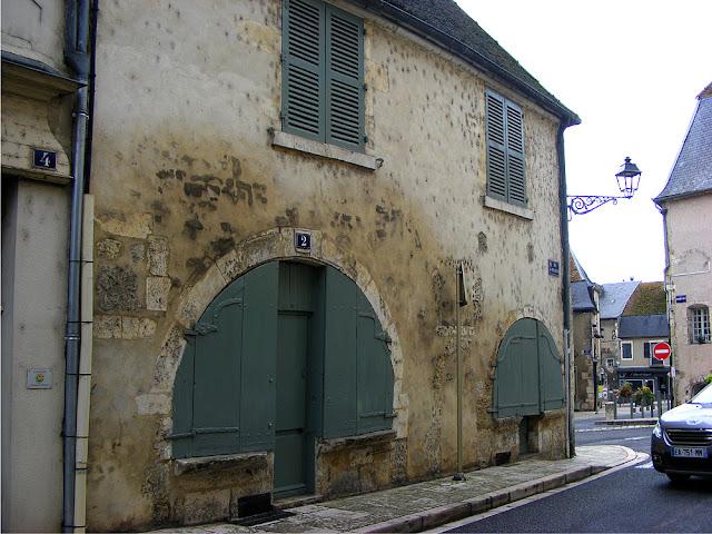 Maison du Sabotier, La Charité sur Loire, Nievre, France. Photo by Loire Valley Time Travel.