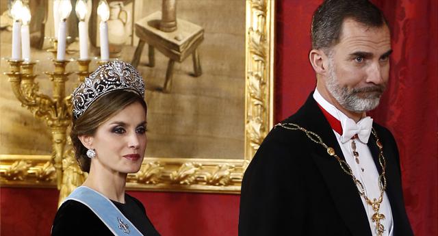 """Felipe VI pide al Apóstol Santiago una salida """"solidaria"""" a la crisis económica por la COVID19"""