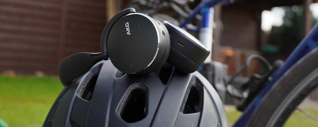 AKG Y500 Headset