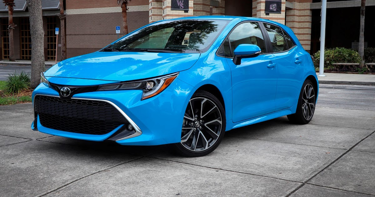2020 toyota corolla hatchback review