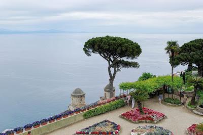 Terraza principal de los jardines de Villa Rufolo