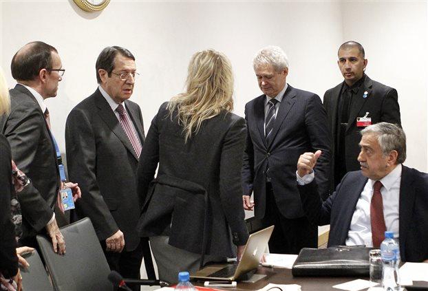 Μέσω Γενεύης η διάλυση και αρπαγή της Κύπρου