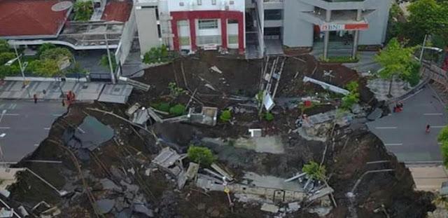 Penjelasan Ahli Geoteknik Soal Amblesnya Jalan Gubeng, Ada Ancaman Mengerikan Mengintai!