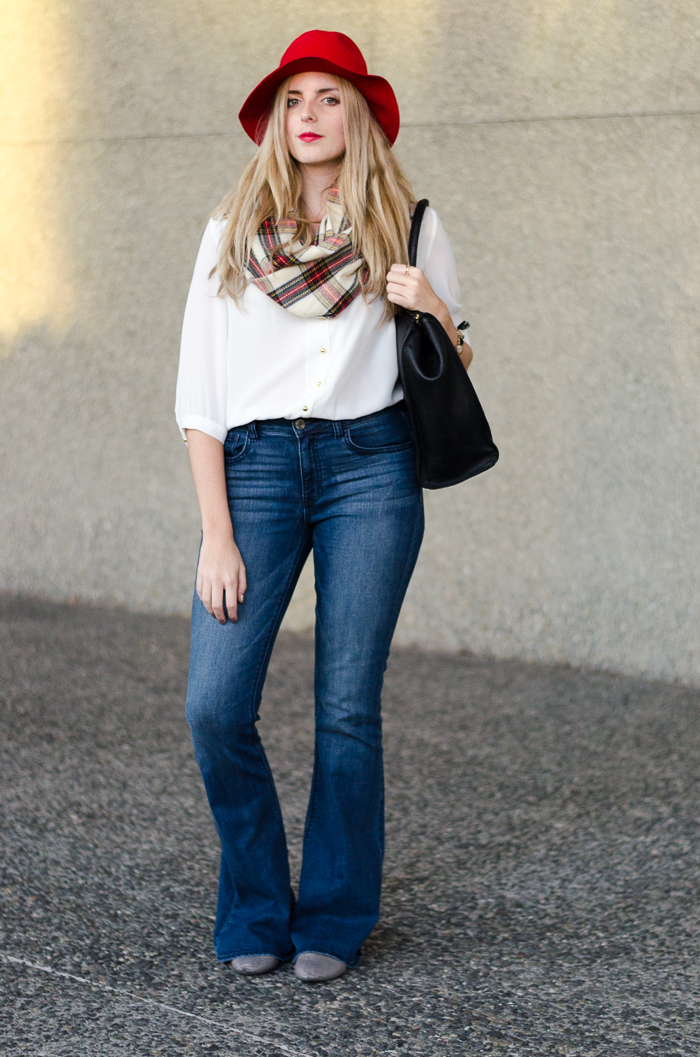 Retro Inspired Style Flared Jeans