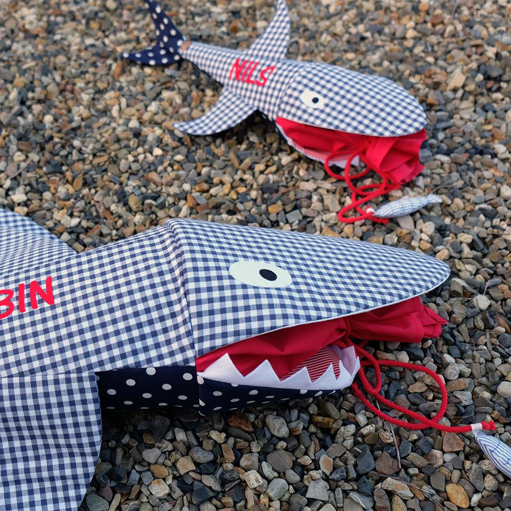 Jetzt Durfte Ich Den Hai Für Eine Kundin Gleich Doppelt Nähen: Für Ein  Künftiges Schulkind Und Passend Für Den Kleinen ...