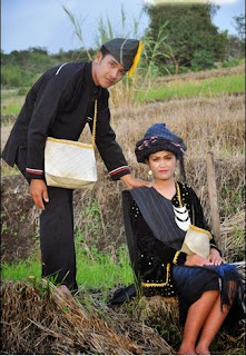 Baju Adat Batak PakPak Sumatera Utara
