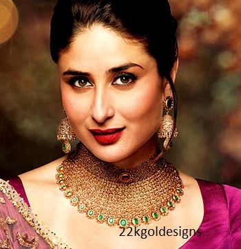 Kareena kapoor in Malabar uncut diamond necklace and jhumkas