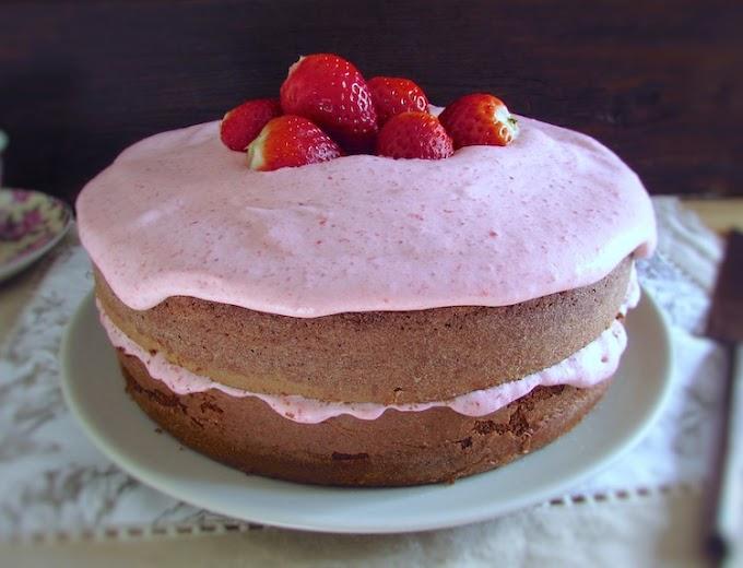 Chocolate Cake With Strawberry Cream