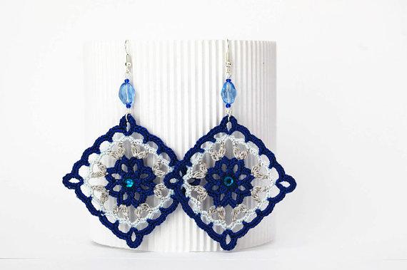 Bisutería a crochet en azul y gris