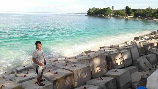 Pantai laguna Kaur Bengkulu