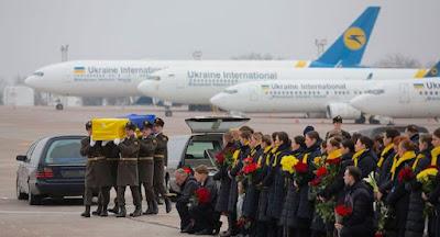 До України повернуто тіла загиблих в авіакатастрофі в Ірані