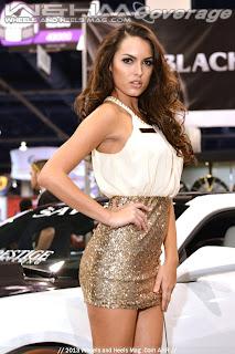 Hot legs in miniskirt of turkish financer girl at mediamarkt - 3 3