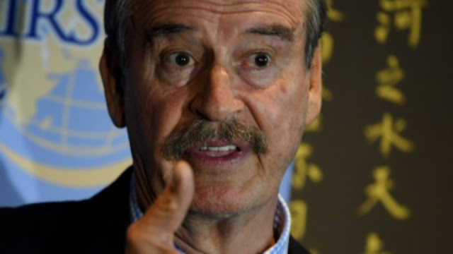 """""""500 millones de pesos tirados a la basura, una verdadera JALADA"""", Vicente Fox HUMILLA A  AMLO"""