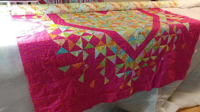 Free-hand quilting on my Gammill longarm