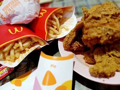 Order Ayam Goreng McD & Double Cheese Burger Kegemaran