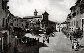 The Piazza Martiri della Libertà in Poggio Mirteto as it would have appeared while D'Inzeo was growing up