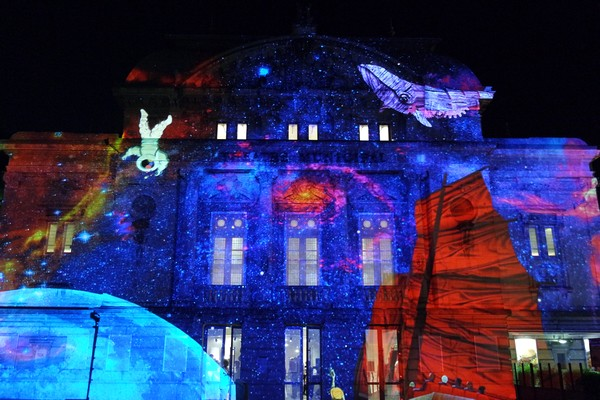 bourg-en-bresse couleurs amour théâtre spectacle illuminations