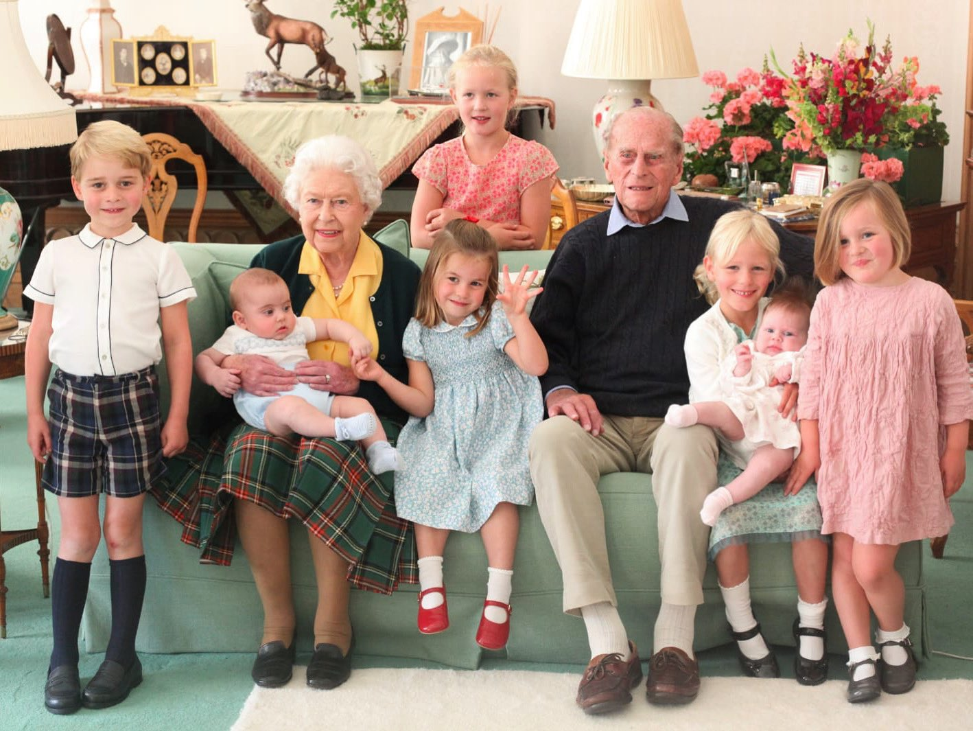 The Queen and The Prince Philip surrounded by their great grandchildren