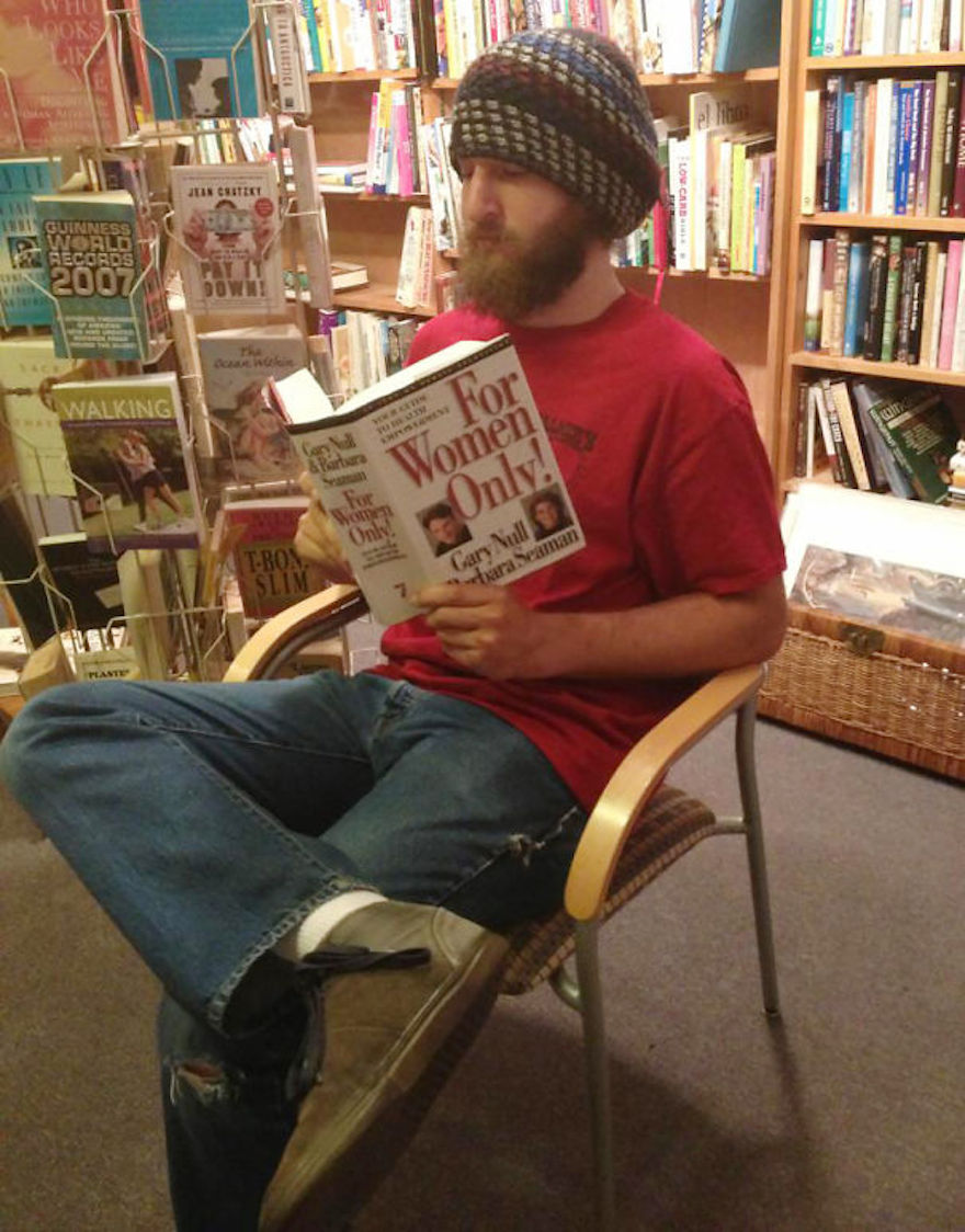 17 Hilarious Pictures Of People Reading All The Wrong Books In Public - Rebel Without A Cause