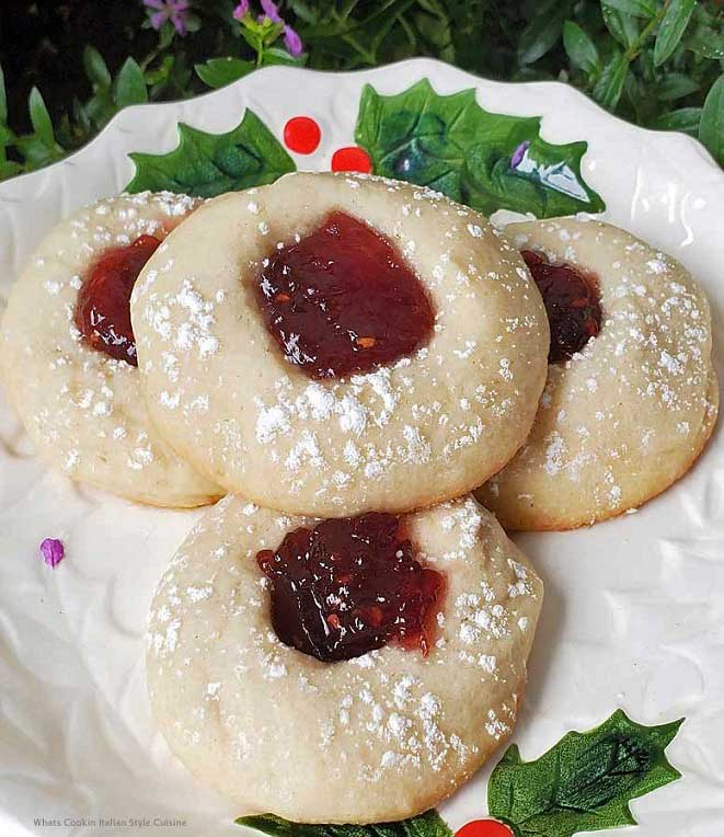 butter cookies filled in the center with jam