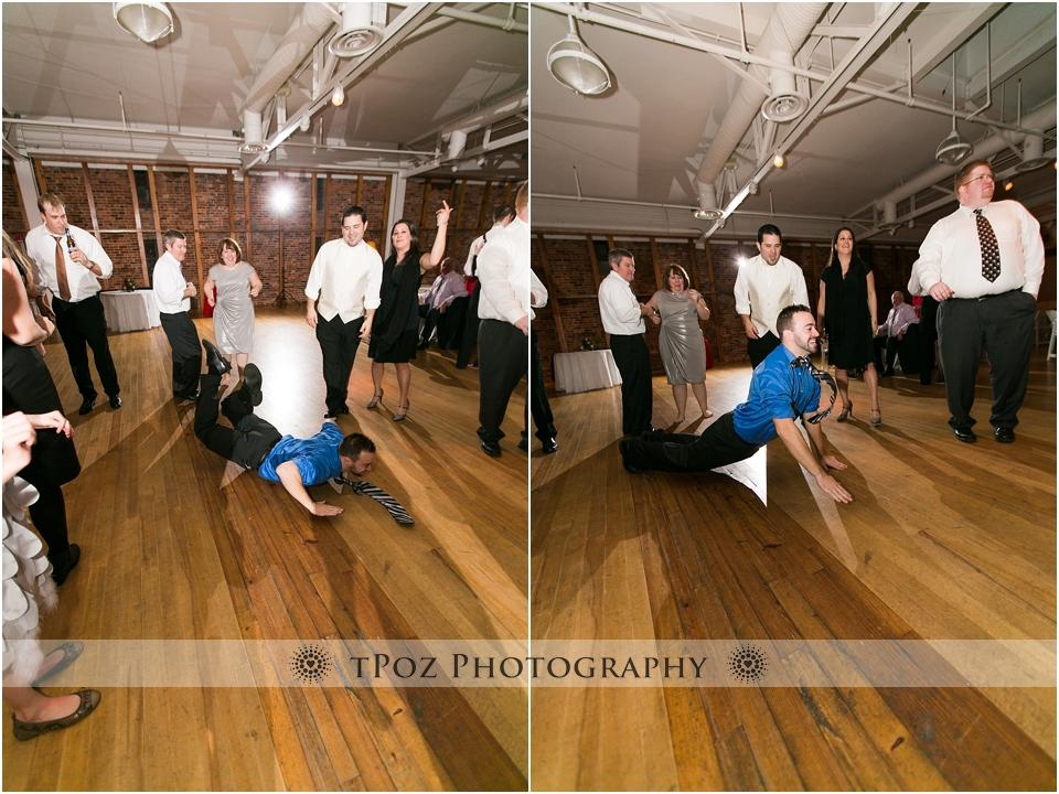 wedding kickworm