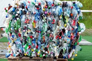 ¿Cuáles son las ventajas y desventajas de los envases de plástico?