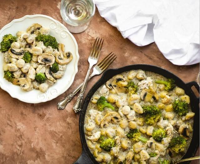 MUSHROOM GNOCCHI WITH BROCCOLI #vegetarian #dinner
