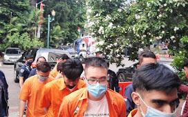 9 Peserta Pesta Gay Jaksel Ditahan Polisi, Begini Penampakannya