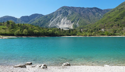 Lago di Tenno (Trento) - Travel blog Viaggynfo