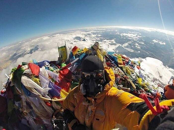 The Trashy Top of the World - Everest