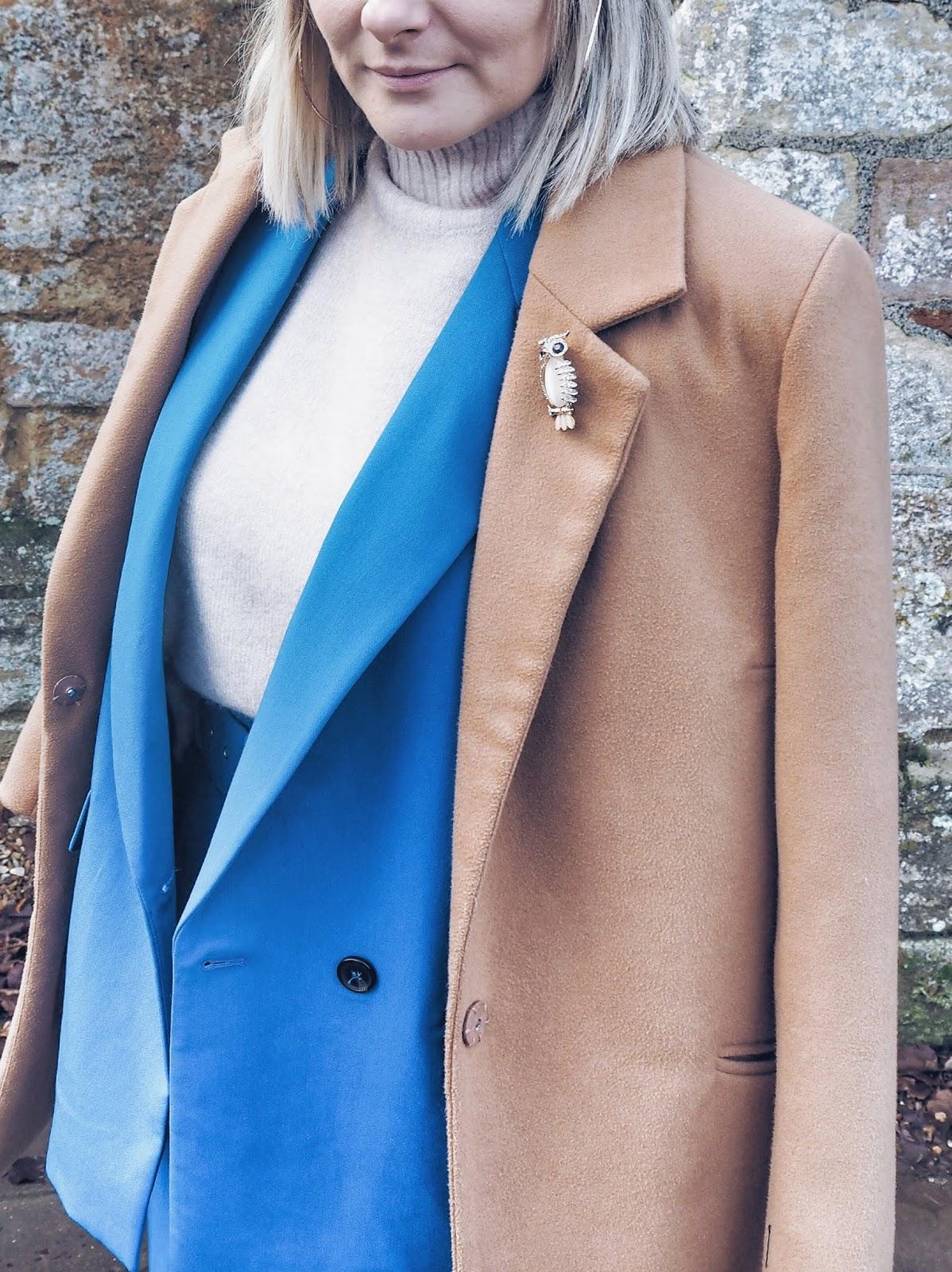 Camel coat & suit czyli kobaltowy garnitur