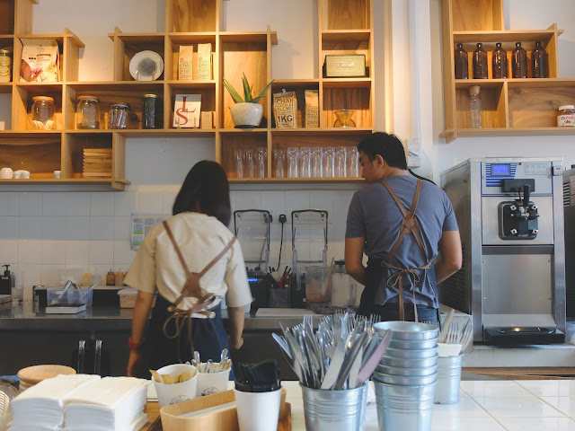 Johor Bahru's Dessert Cafe: Shakespeare Milkshakes
