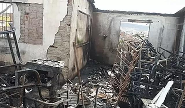 Campanha visa ajudar diretores de escola destruída por incêndio, em Santa Cruz do Capibaribe