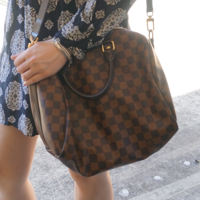 navy printed tunic dress with Louis Vuitton Damier Ebene 30 speedy bandouliere worn crossbody | awayfromtheblue