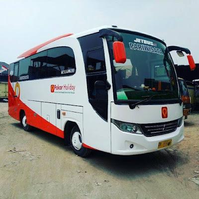 Pakar Holiday Tempat Sewa Bus Pariwisata di Bandung Terbaik