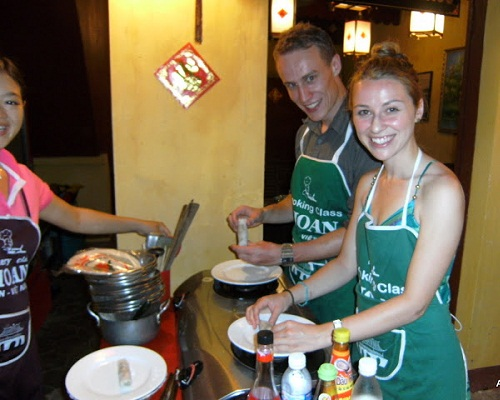 Cooking in Hoi An tourism