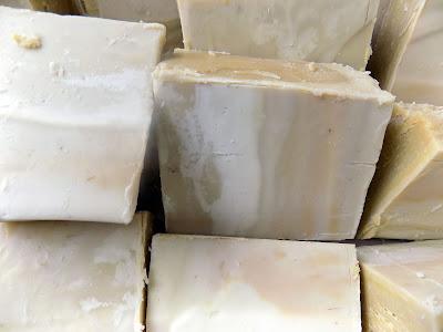 Συνταγές και μυστικά παρασκευής σαπουνιών