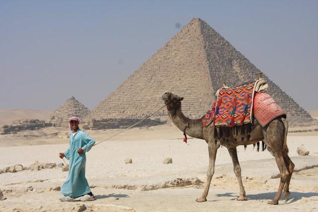 Visitar as PIRÂMIDES DE GIZÉ, uma maravilha do mundo antigo (e moderno) | Egipto