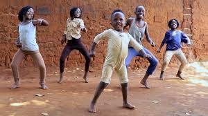 Masaka Kids African dancing